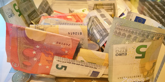 """Bekämpfung von Geldwäsche – Düstere Zeit für """"Waschsalons"""" Bußgeld Strafzahlung"""